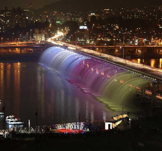 21 Hot Spots in Seoul