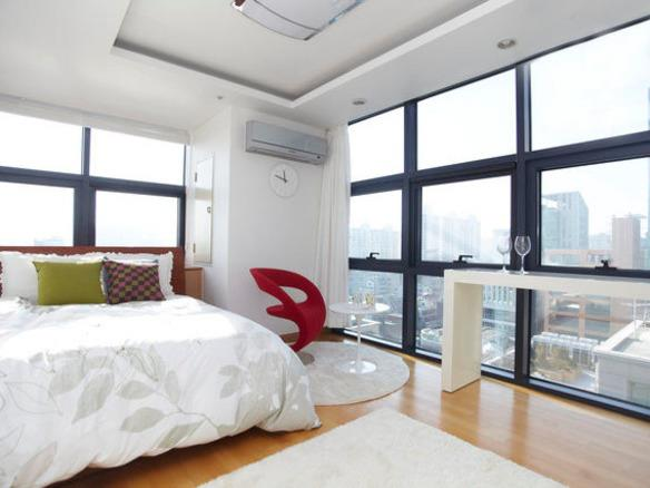 [Accommodation Highlight]   Places to stay