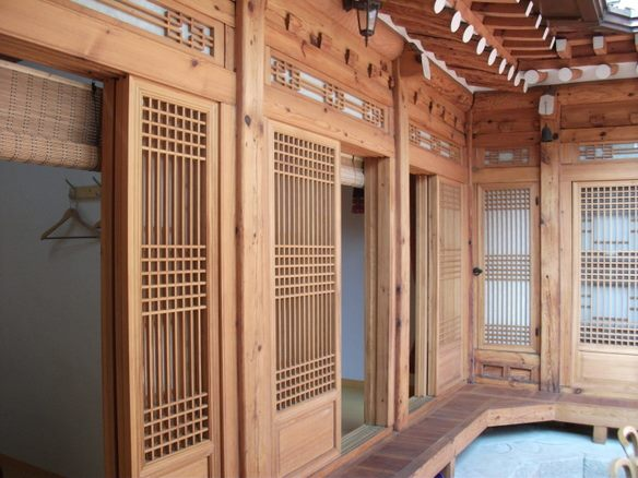 [Accommodation Highlight]   Places to Stay – 3 / Stay in Hanok