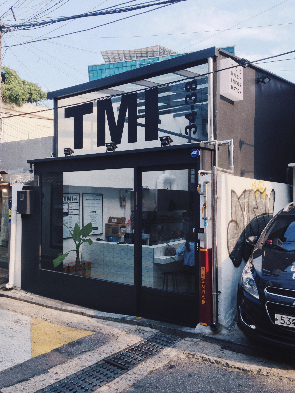 "Stylish restaurant ""TMI"" in Itaewon"