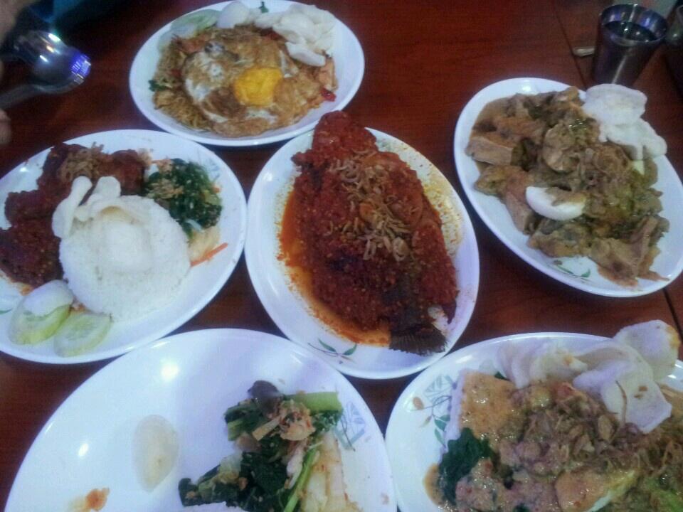 Warung makan borobudur [Halal]