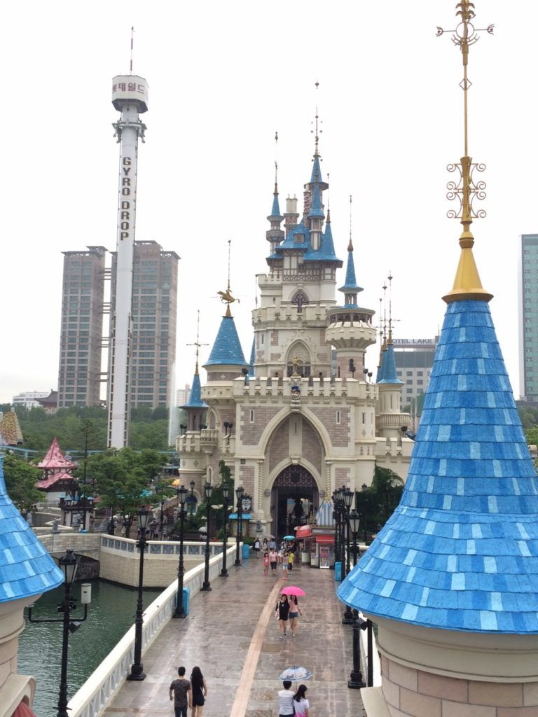 Everything about Lotte World – Discount, Hours, Attractions…