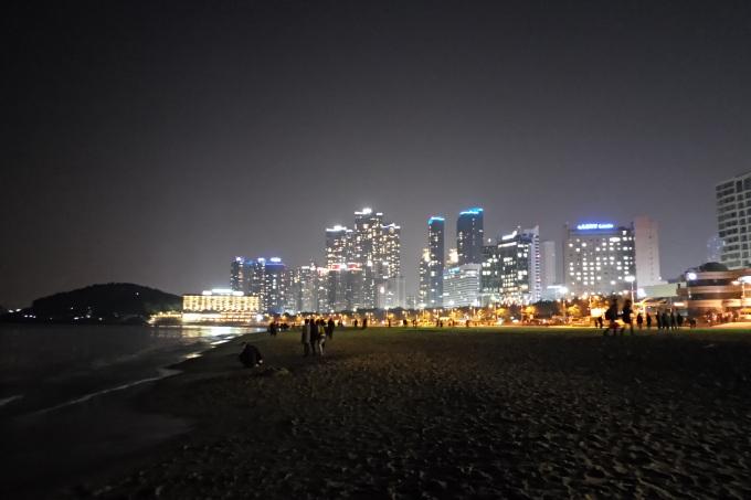 Jelajah Malam bersama Busan City Tour Bus