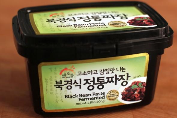 black-bean-paste-590x393